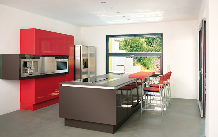 Cozinhas modernas por b2 böhme PROJEKTBAU GmbH Moderno