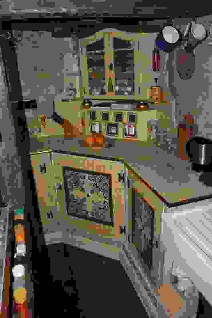 Eclectic style kitchen by art & grafik Eclectic