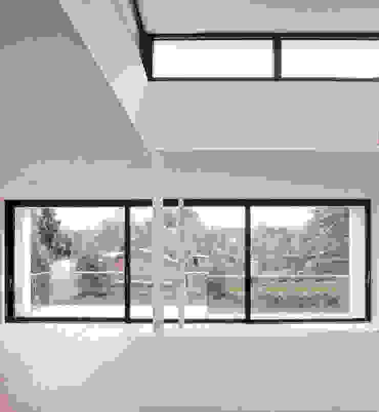 Minimalist houses by Gellink + Schwämmlein Architekten Minimalist