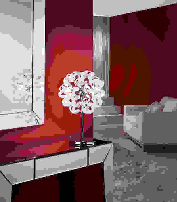 ILUMINACIÓN de Muebles Flores Torreblanca Moderno