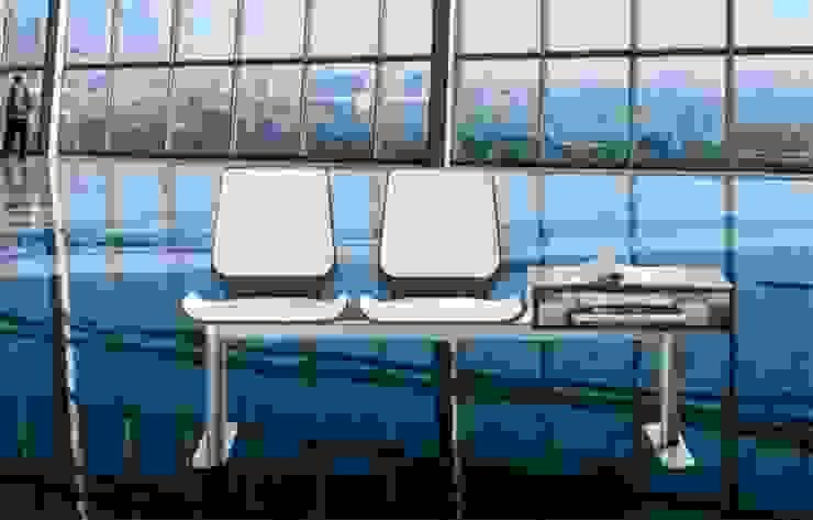 DESPACHOS Y OFICINAS Aeropuertos de estilo moderno de Muebles Flores Torreblanca Moderno