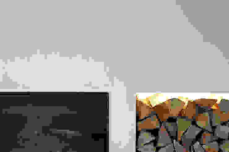 Modern Living Room by MIDE architetti Modern