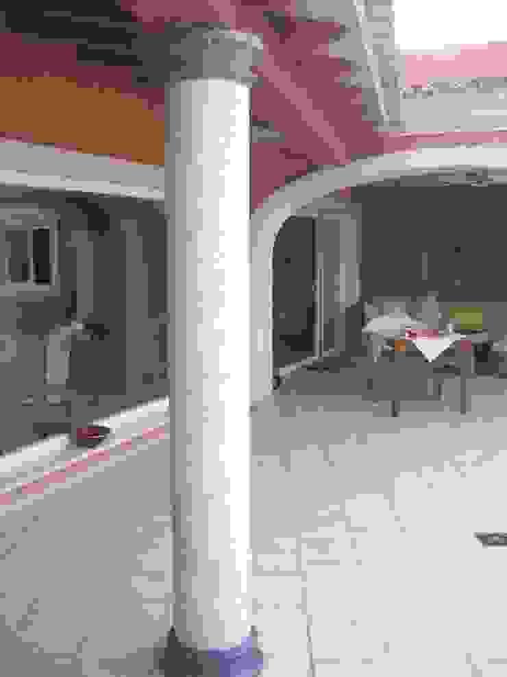 Säule passend zum Boden gestaltet Illusionen mit Farbe Flur, Diele & TreppenhausAccessoires und Dekoration