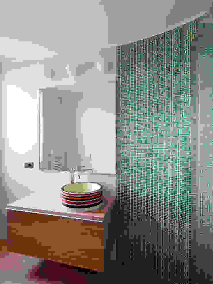 enzoferrara architetti Modern bathroom