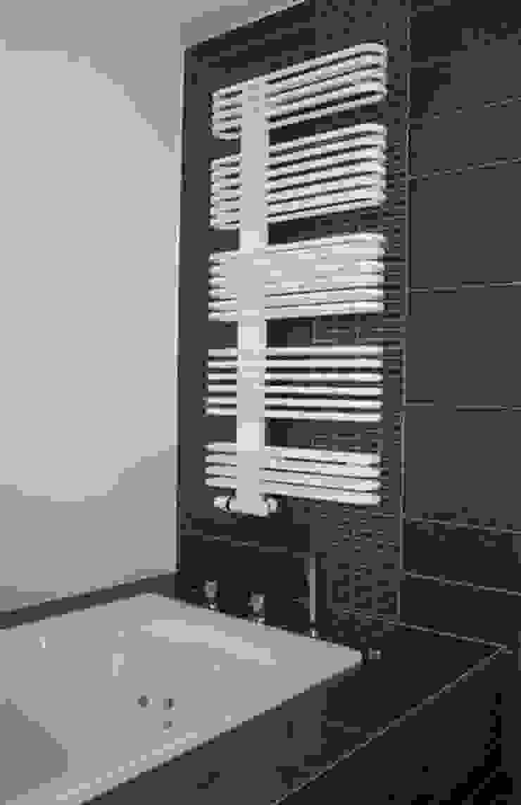 Modern bathroom by Architekturbüro HOFFMANN Modern