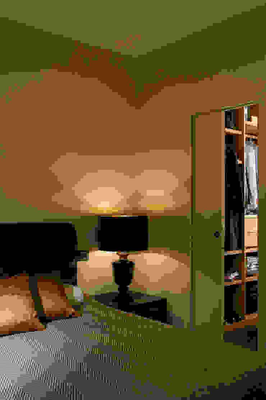 Trastevere Apartment Camera da letto eclettica di Carola Vannini Architecture Eclettico