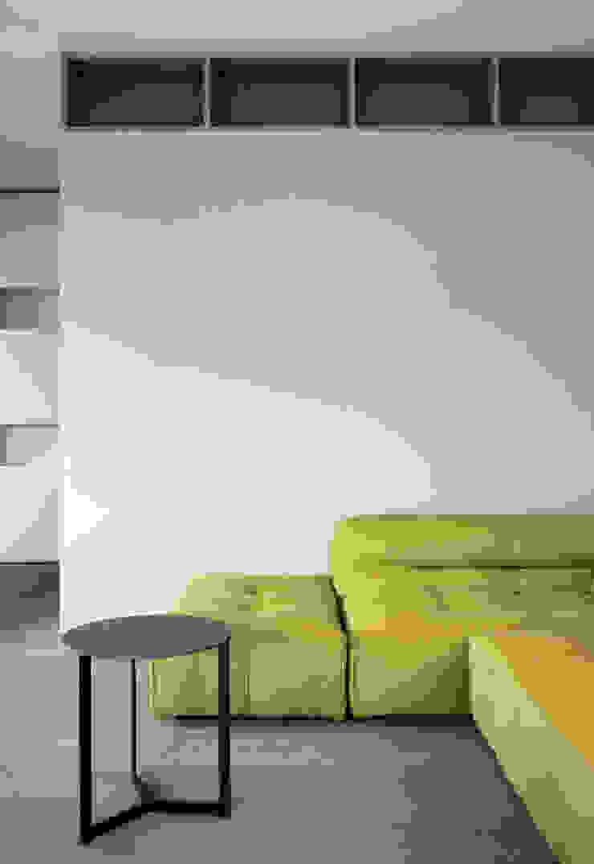 casa YM di es-arch Moderno