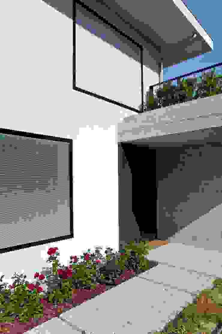 Casas: Ideas, imágenes y decoración de C&P Architetti - Luca Cuzzolin + Elena Pedrina