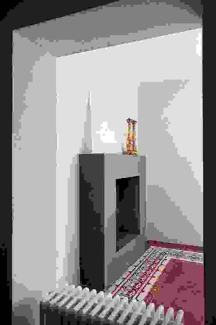 Modern houses by Massimo Fiorido Associati Modern