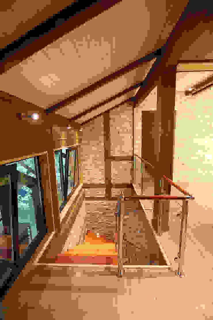 фото холл 2 этажа от Forma-T studio Эклектичный