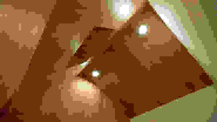 Townhouse <q>Bristol</q> Спальня в стиле минимализм от Shar Project Минимализм