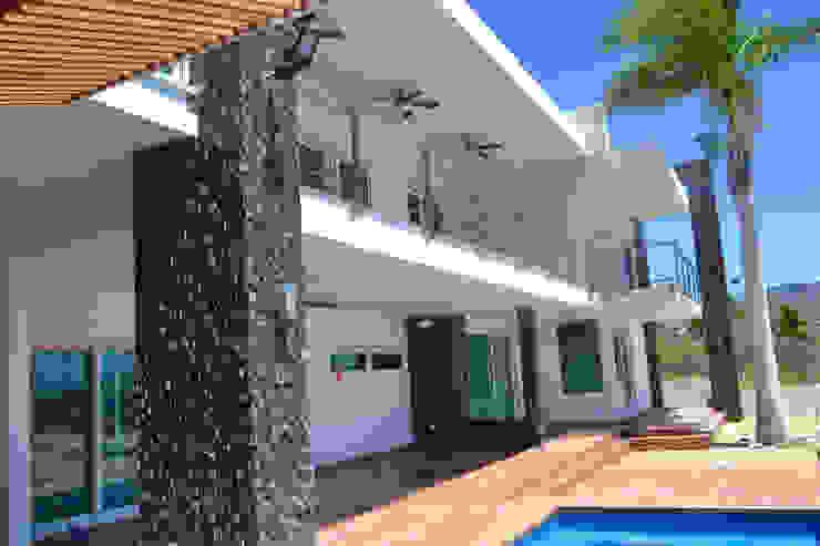TERRAZA PLANTA BAJA Casas modernas de ro arquitectos Moderno