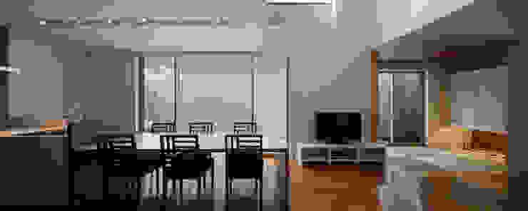 M6-house 「 幾何学の家」 Architect Show Co.,Ltd モダンデザインの ダイニング