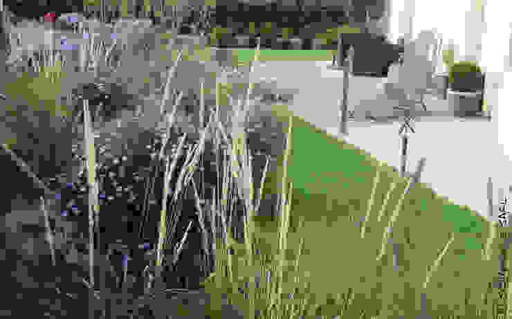 Jardins modernos por SCHAEDELE PAYSAGISTE Moderno