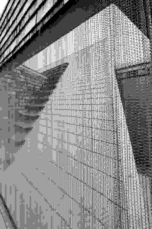 ROOF/M カントリーデザインの テラス の eu建築設計 カントリー