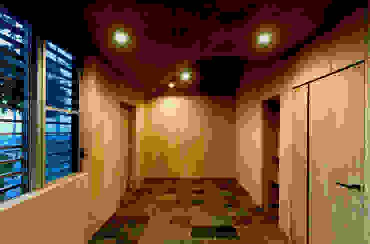 ROOF/M カントリーデザインの 多目的室 の eu建築設計 カントリー