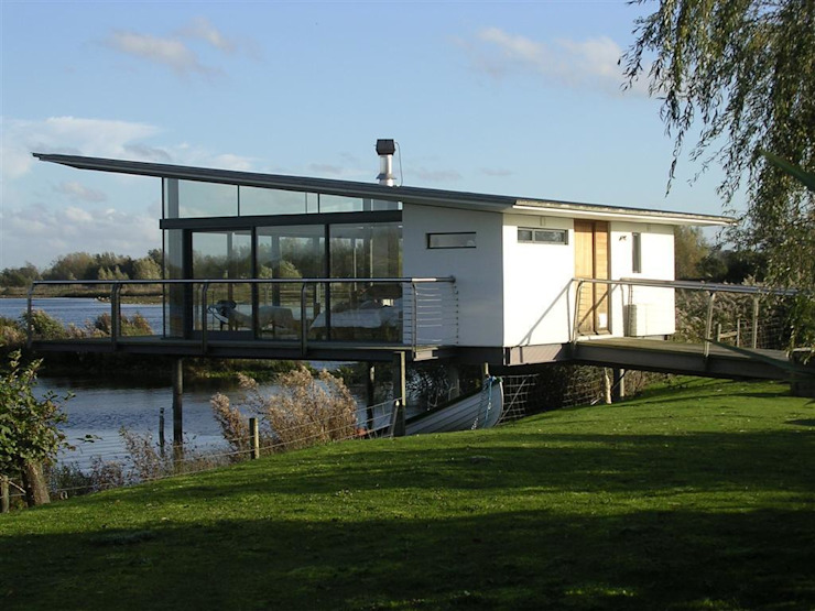 AR Design Studio- The Boat House AR Design Studio Moderne huizen