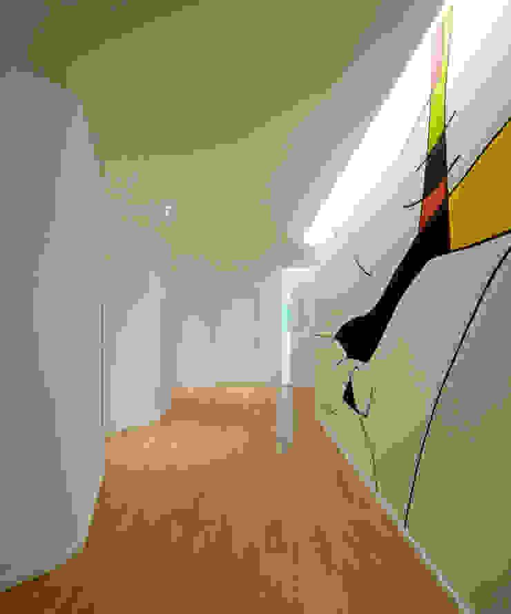 Kindergarten S.M.Goretti Extension オリジナルスタイルの 玄関&廊下&階段 の Comoglio Architetti オリジナル