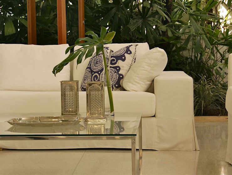 Lichelle Silvestry Interiors Living roomAccessories & decoration