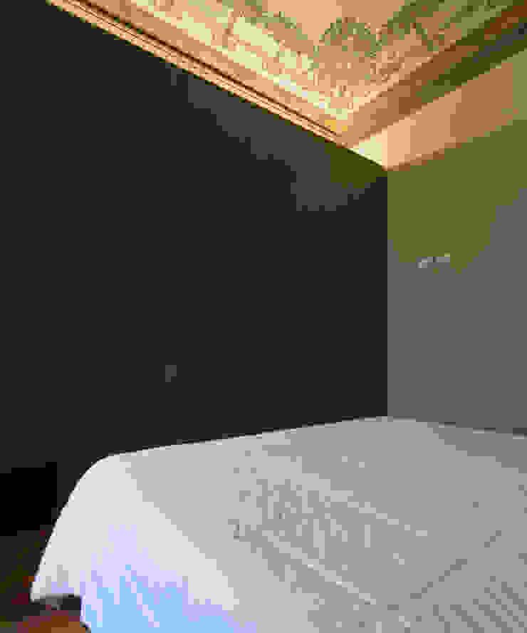 CHB house Quartos clássicos por Comoglio Architetti Clássico