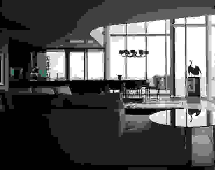 Salas modernas de Davide Rizzo Moderno