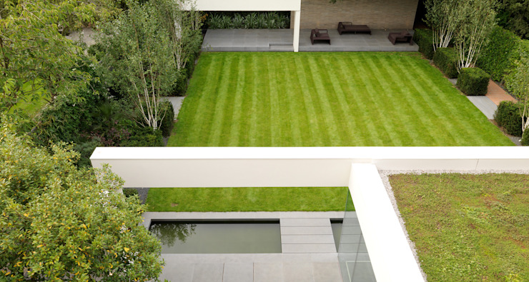 Wimbledon Giardino moderno di Gregory Phillips Architects Moderno