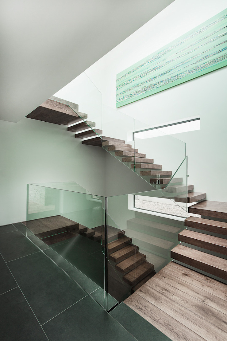AR Design Studio- Abbots Way Modern Corridor, Hallway and Staircase by AR Design Studio Modern