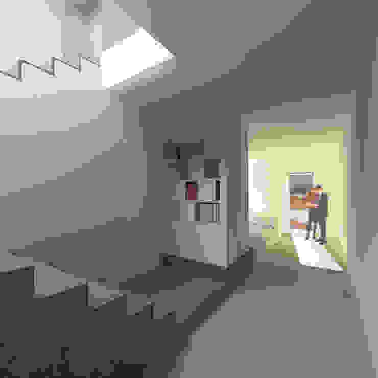 玄關 &走廊 根據 Conzinu Desteghene Architetti