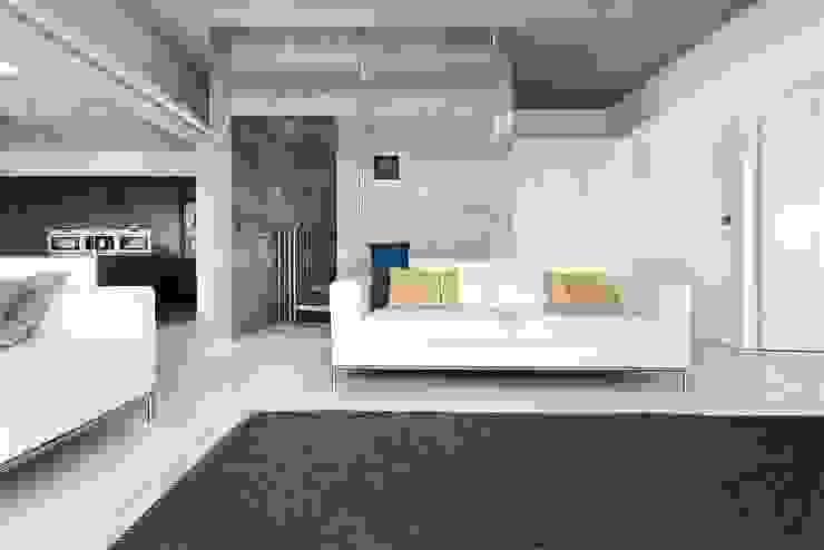 AR Design Studio- Lighthouse 65 Livings modernos: Ideas, imágenes y decoración de AR Design Studio Moderno