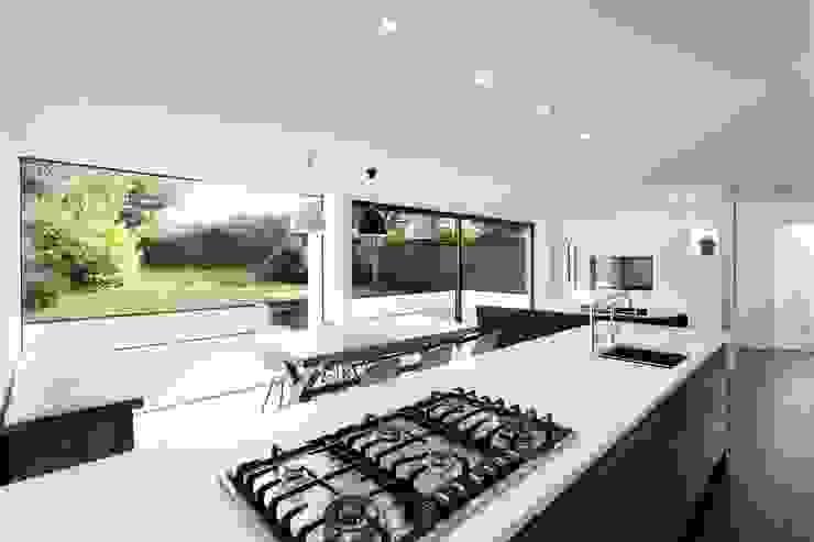 AR Design Studio- The Medic's House Cuisine moderne par AR Design Studio Moderne