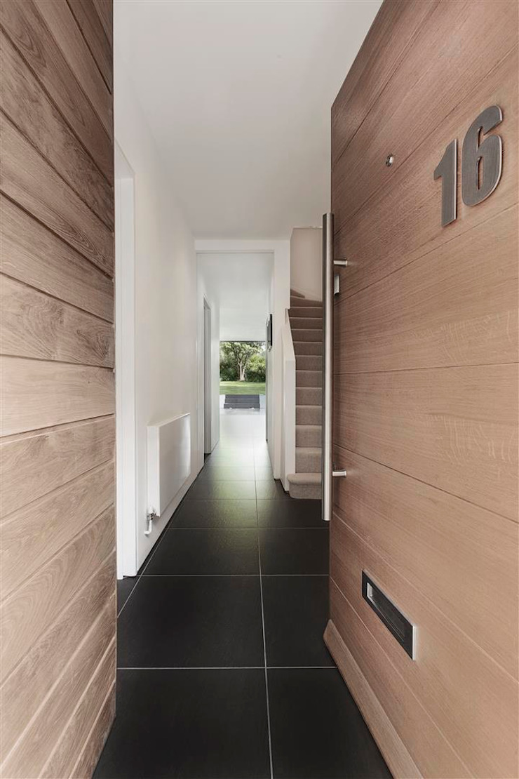 AR Design Studio- The Medic's House Modern corridor, hallway & stairs by AR Design Studio Modern