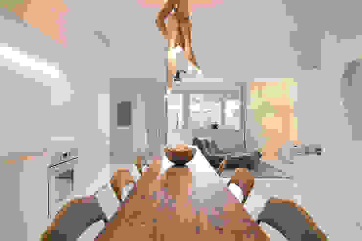 Offener Raum Moderne Esszimmer von Alexander John Huston Modern