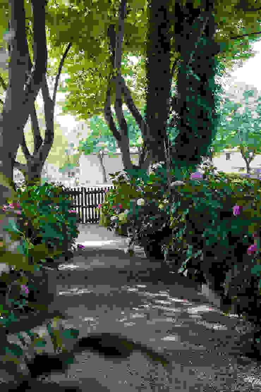 Rustikaler Garten von Giardini Giordani Rustikal