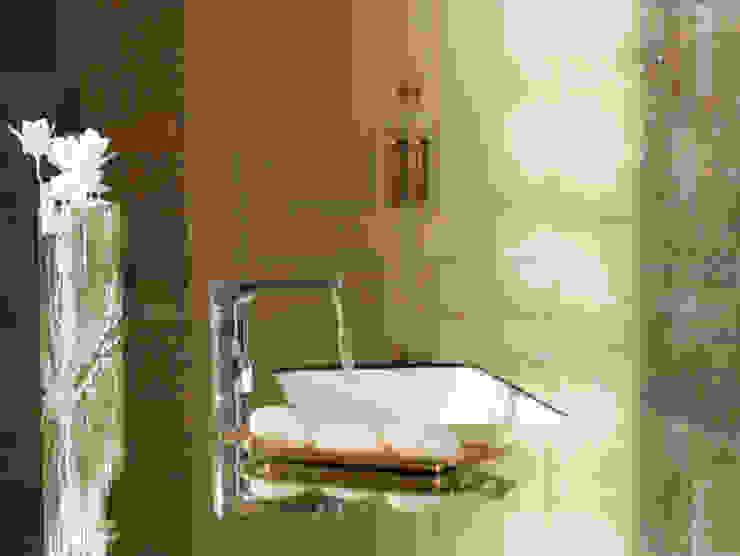 Suite Single Baños de estilo clásico de BARASONA Diseño y Comunicacion Clásico