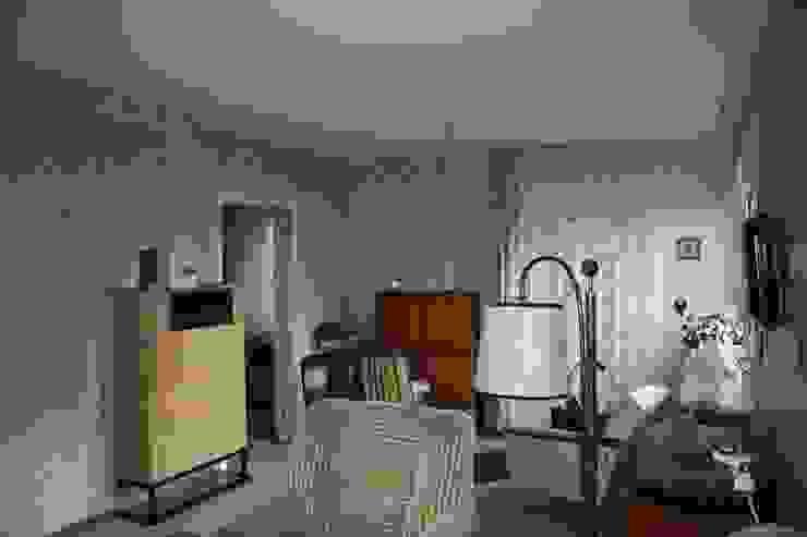 Salas de estar  por Holzerarchitekten