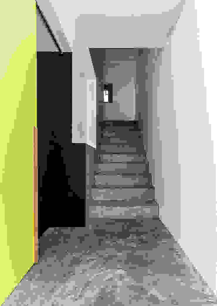Dormitorios infantiles modernos de CN10 ARCHITETTI Moderno