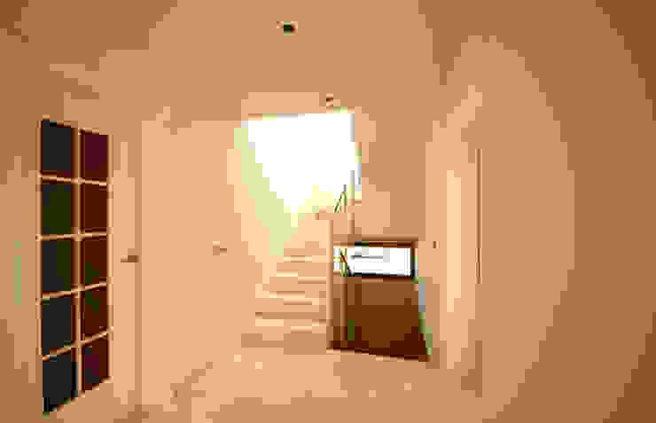 Modern Koridor, Hol & Merdivenler Marco Barbero Modern