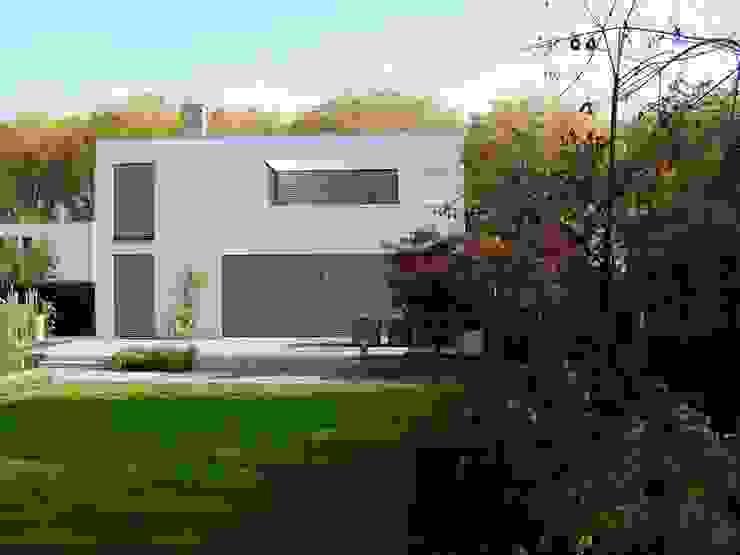 Architekturbüro Sauer-Scholta Case in stile minimalista