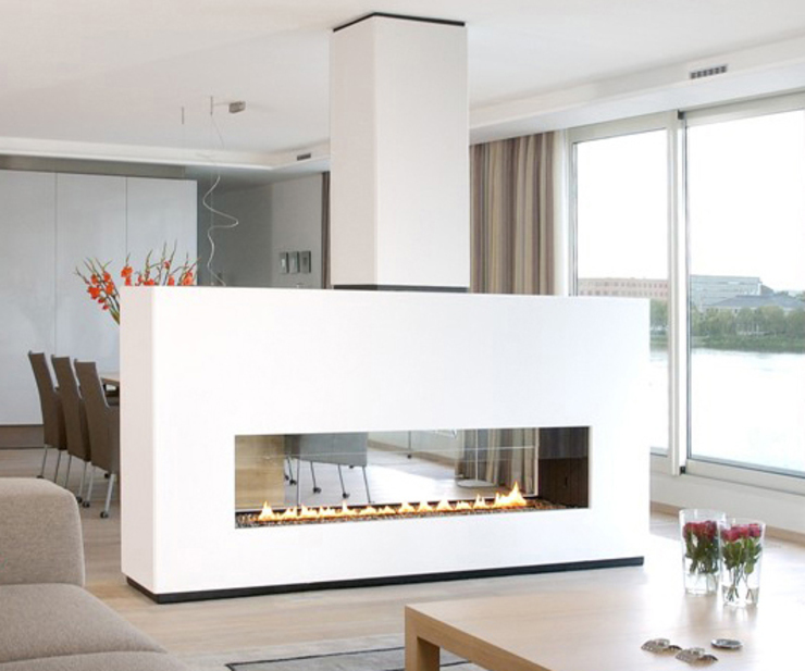 cheminée rectangulaire en verre et metal par Bloch Design Industriel