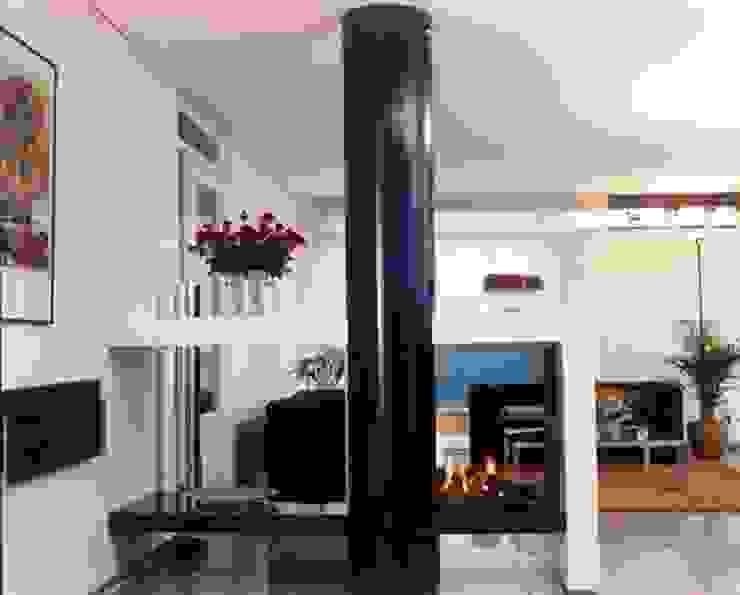 cheminée double face par Bloch Design Moderne