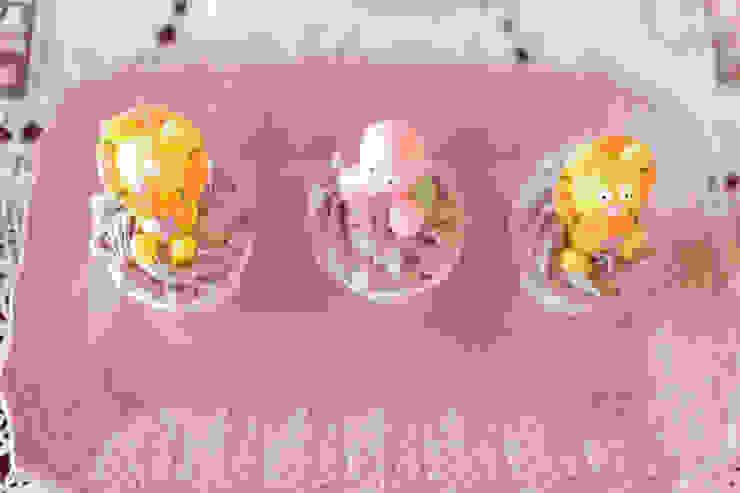 Lindos e deliciosos cupcakes. por Lima Limão- Festas com charme Moderno