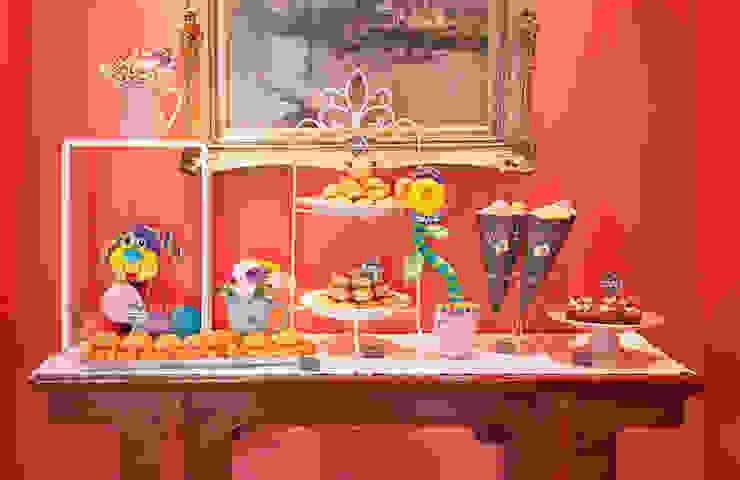 Mesa de salgados, divertida e saborosa.:   por Lima Limão-  Festas com charme,Moderno