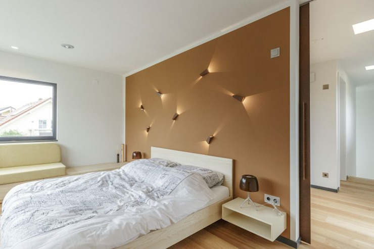 Bedroom by LUXHAUS Vertrieb GmbH & Co. KG, Modern