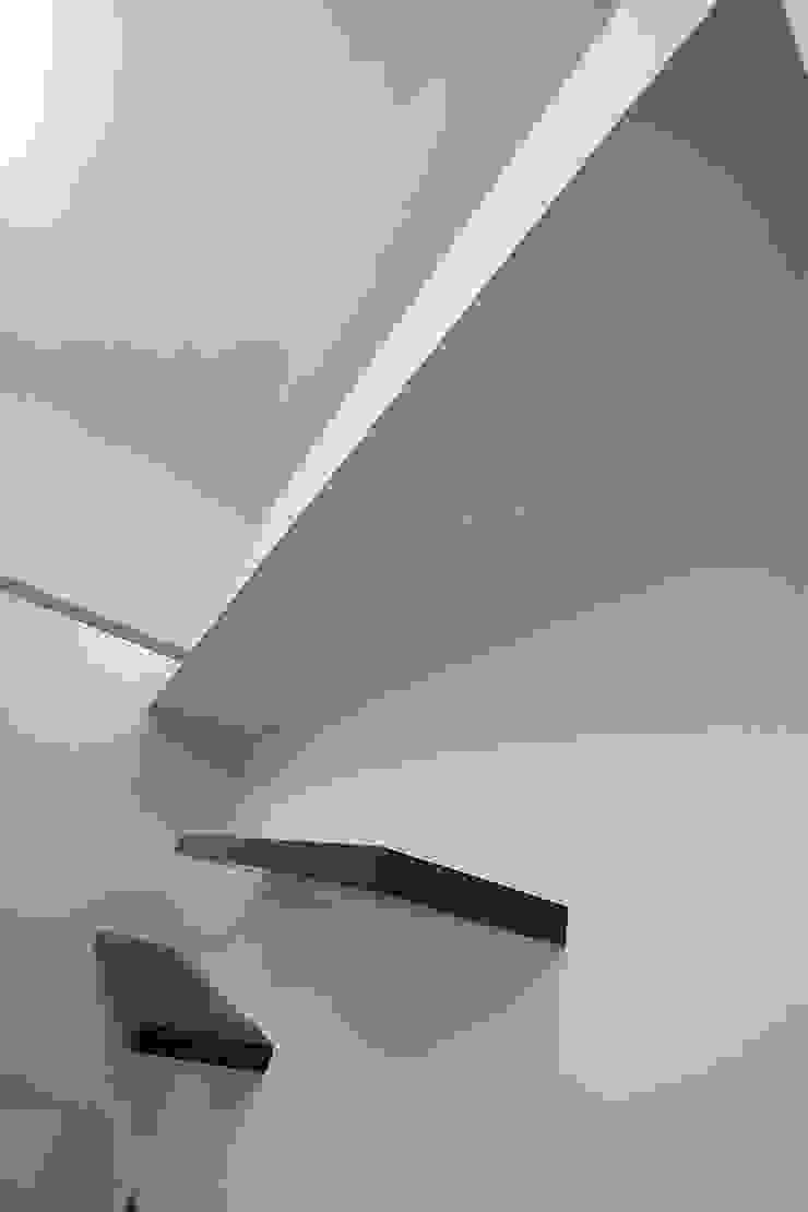 Private Flat APP_G_AL Spogliatoio moderno di Diego Bortolato Architetto Moderno