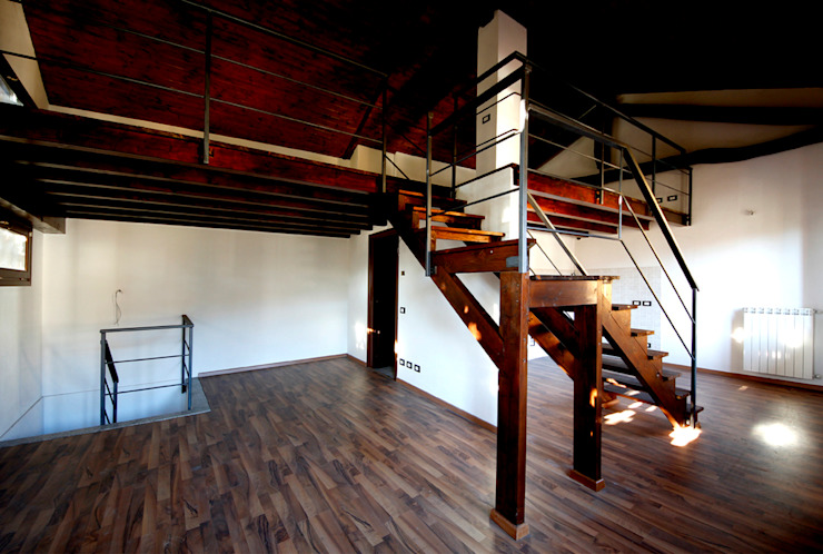 Appartamento - vista dall'ingresso Ingresso, Corridoio & Scale in stile moderno di Marco Barbero Moderno