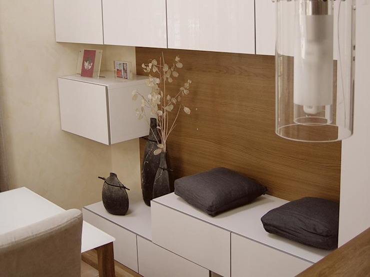 Spazio 14 10 di Stella Passerini Living roomShelves