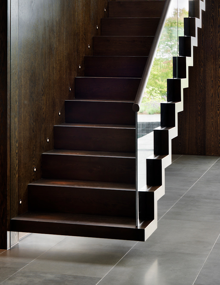 Berkshire Modern corridor, hallway & stairs by Gregory Phillips Architects Modern