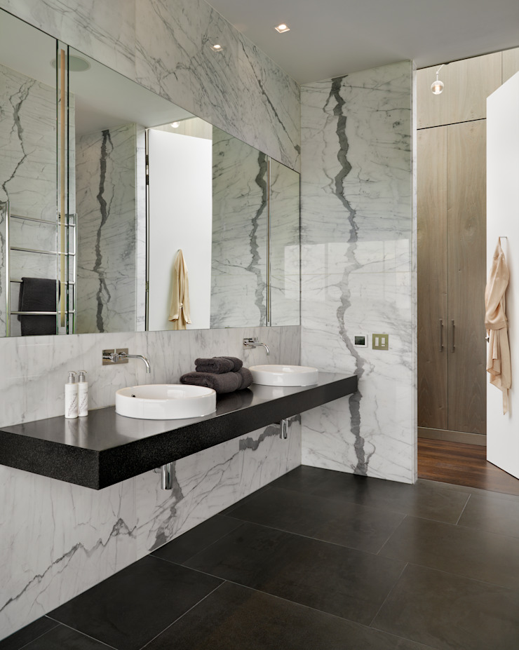 Berkshire Modern bathroom by Gregory Phillips Architects Modern