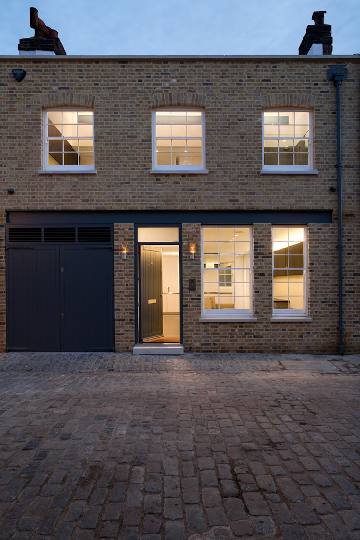 Hyde Park Mews Eclectic style houses by Gregory Phillips Architects Eclectic