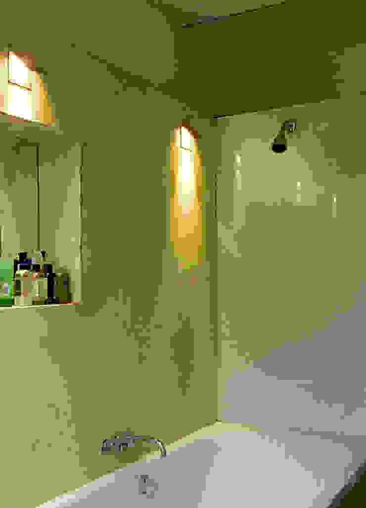 Islington Gregory Phillips Architects Salle de bain coloniale